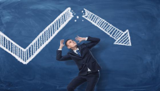 Businessman-etudes-donnees-chiffres-enquetes-story-mind