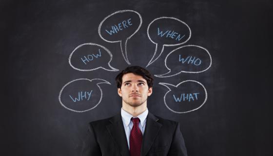 Businessman-questions-etudes-donnees-chiffres-enquetes-story-mind